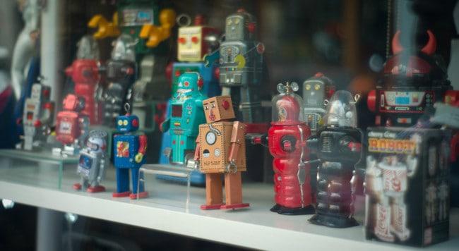How do I become a robotics designer?