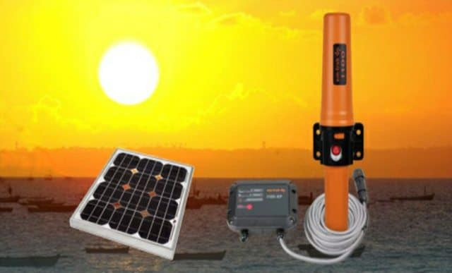 Solar-powered marine transceiver brings safer shipping