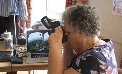 tangible-memories-experiencing-vr-in-elderly-care-home