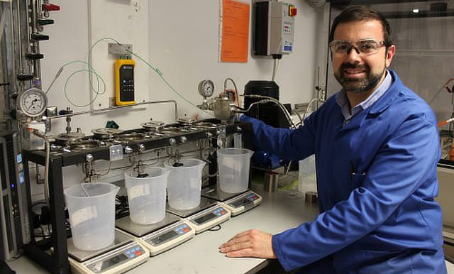 Nanoporous metal foams clean up waste water