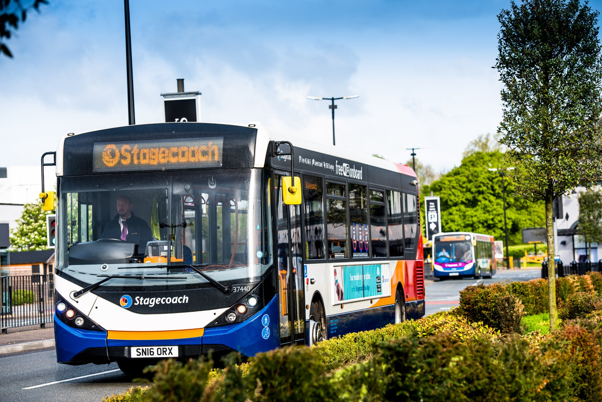 UK's first full-sized driverless bus uses Bristol tech