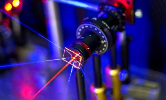 Gold nanoparticles enable ultrasensitive sensor