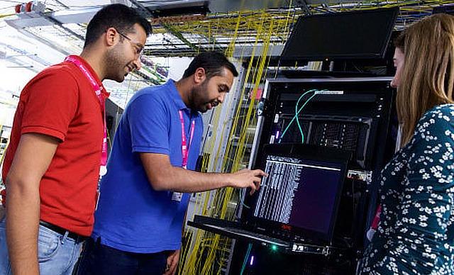 Bristol hosts national Dark Fibre lab for next generation Internet